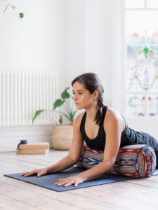 how-yoga-can-help-depression-low-mood